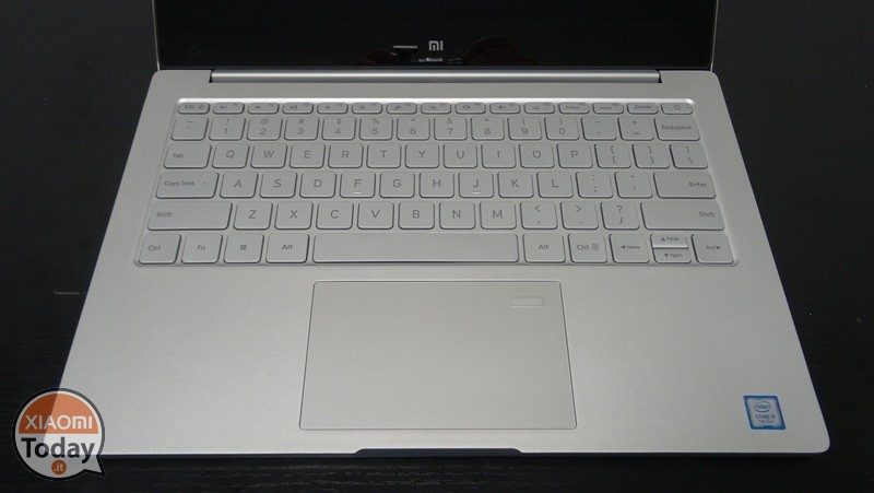 Xiaomi-Mi-Notebook-Air-13.3-1