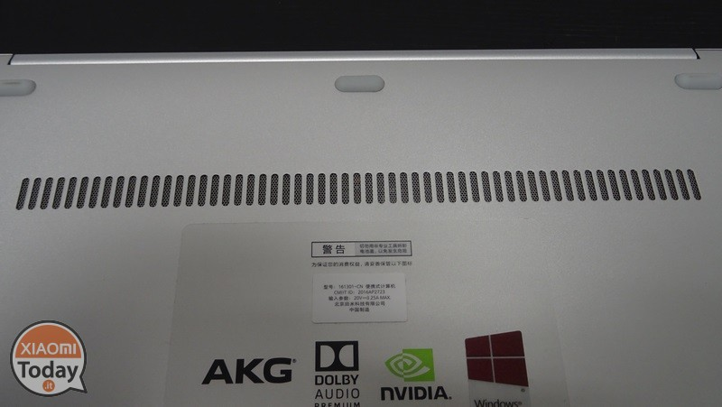 Xiaomi-Mi-Notebook-Air-13.3-10