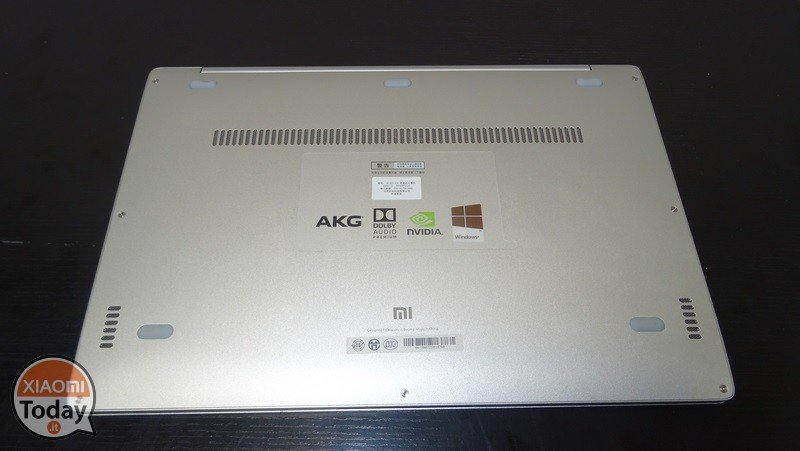 Xiaomi-Mi-Notebook-Air-13.3-11