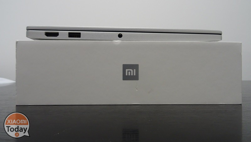 Xiaomi-Mi-Notebook-Air-13.3-25