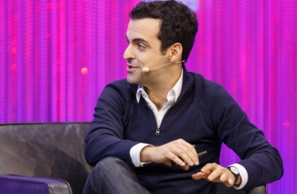 Summary and translation of the interview to Hugo Barra at LeWeb, the first in public