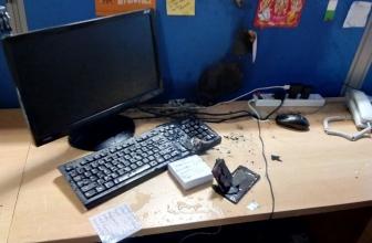小米Mi4i意外地在办公室爆炸